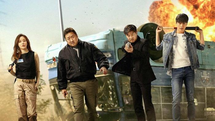 추석 연휴 승자는 '나쁜 녀석들'…이번 달 새 영화