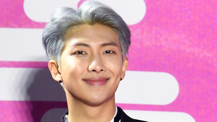 방탄소년단 RM, 청각장애학교에 1억 기부…