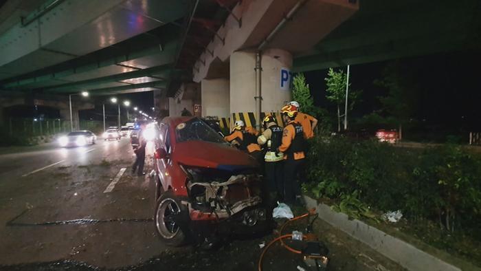 [사건사고] 견인차 교각과 충돌해 1명 사망…군산 아파트서 불 外