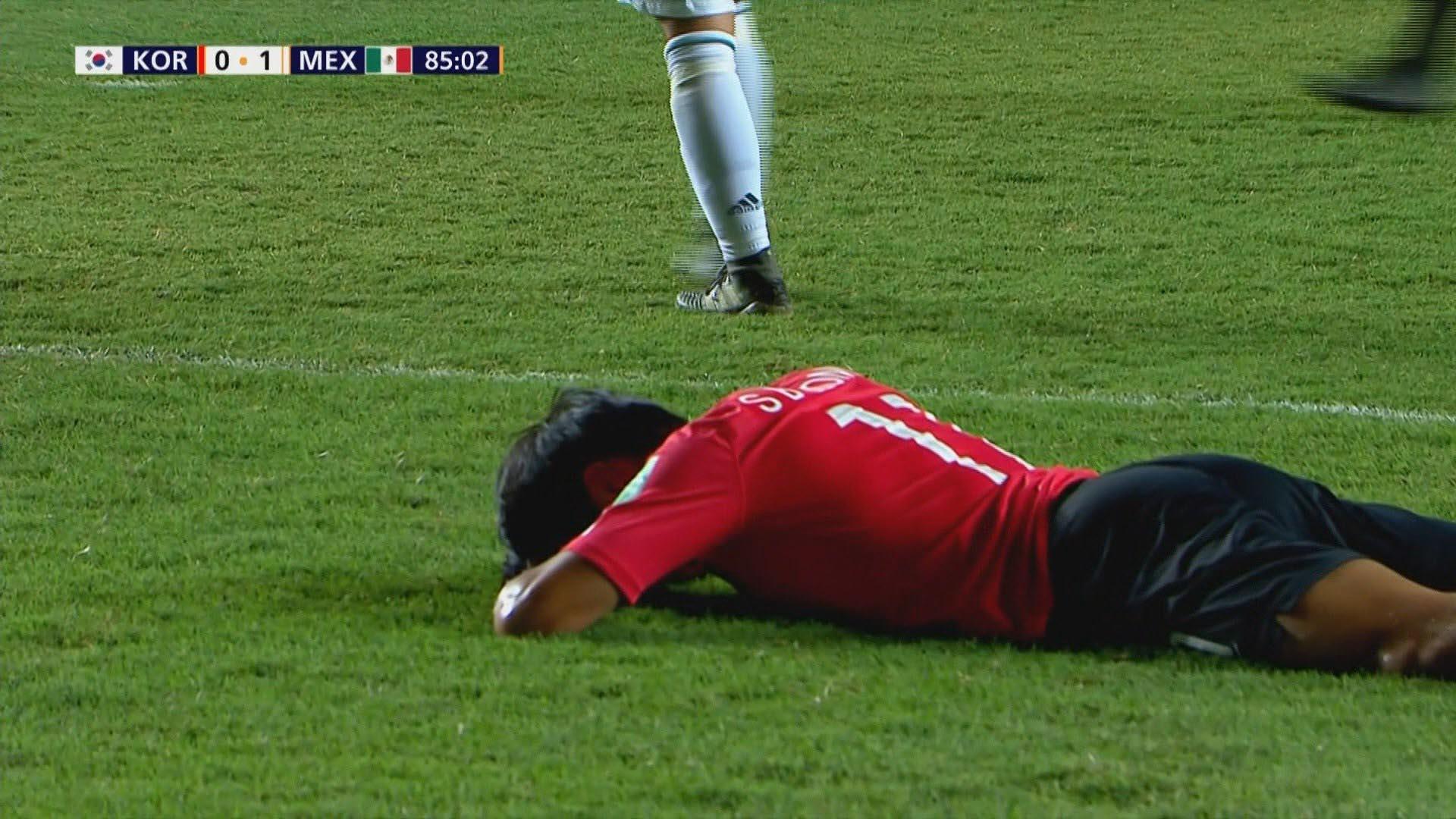 한국 축구, U-17 월드컵 4강 좌절…멕시코에 0-1패