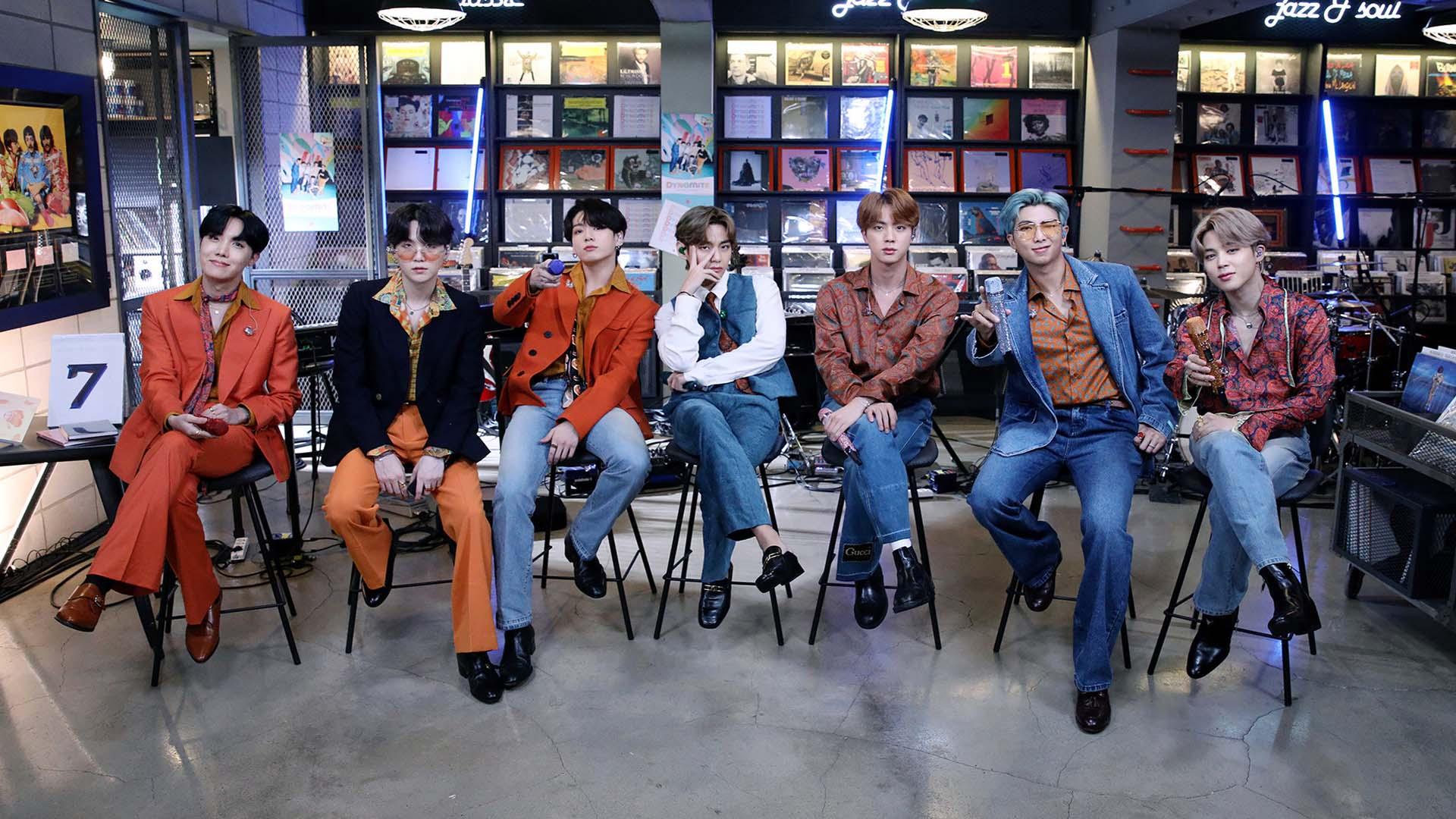 BTS 팬도 주식 산다…소속사 상장에 세계가 주목