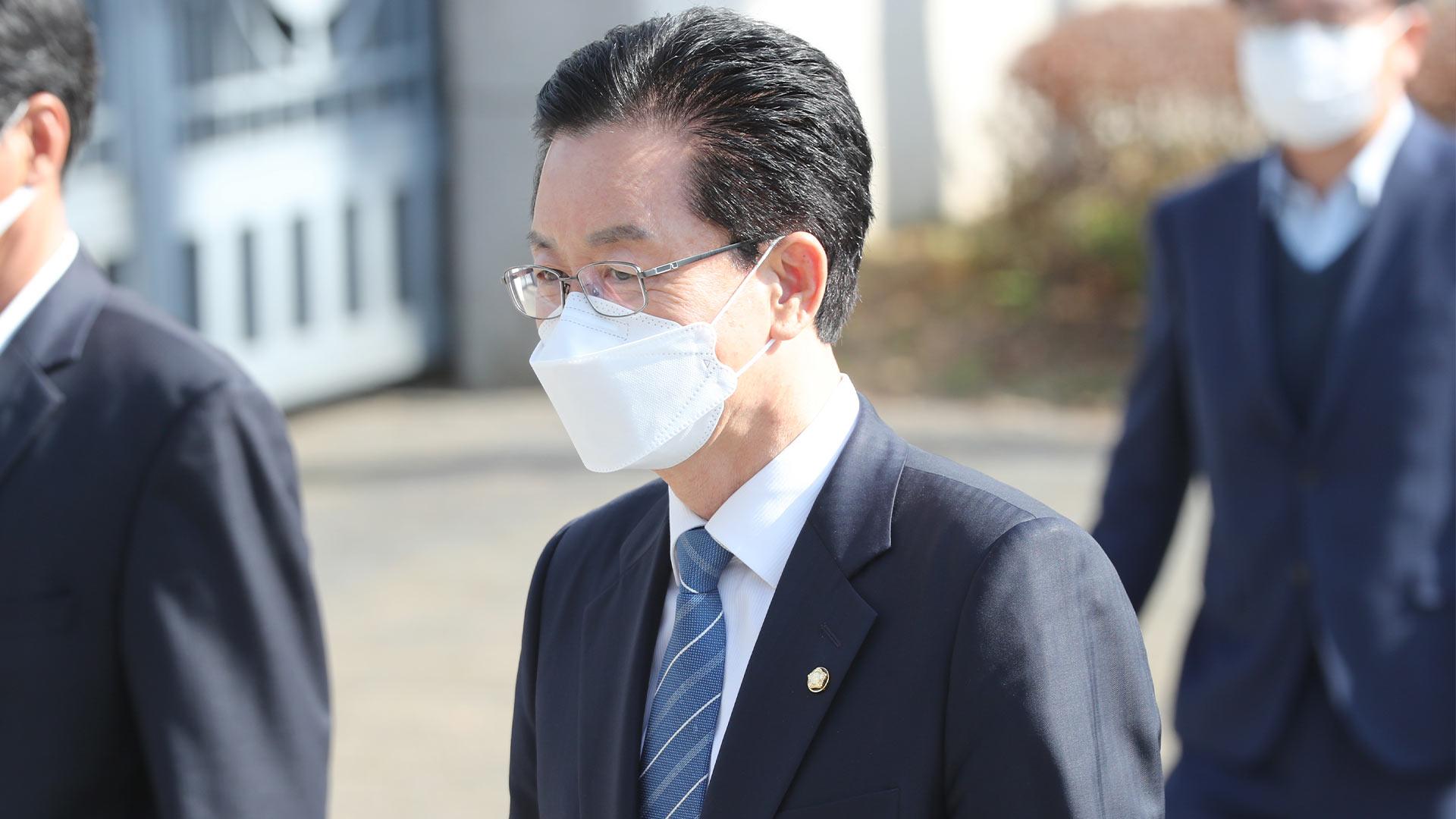 검찰, '회계부정 의혹' 정정순 의원에 구속영장 청구