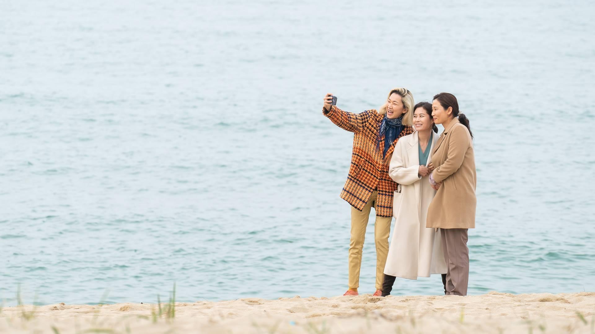 '위로 그리고 치유'…극장가 찾은 새해 신작