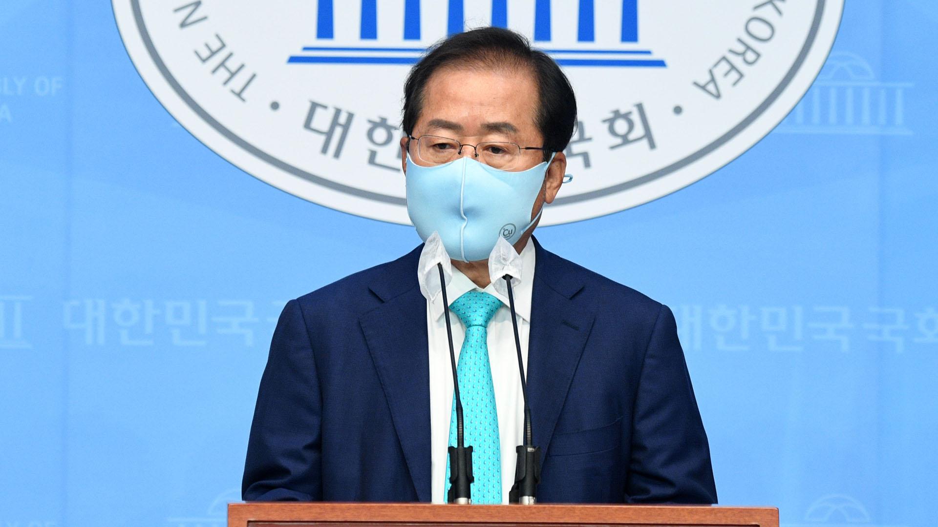 [속보] 홍준표, 국민의힘 복당…1년3개월만