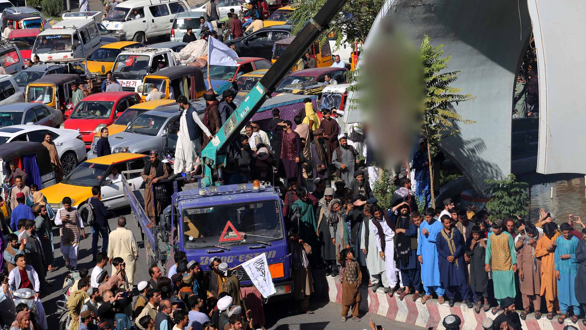 광장에 시신 내건 탈레반…'공포통치' 다시 시작되나
