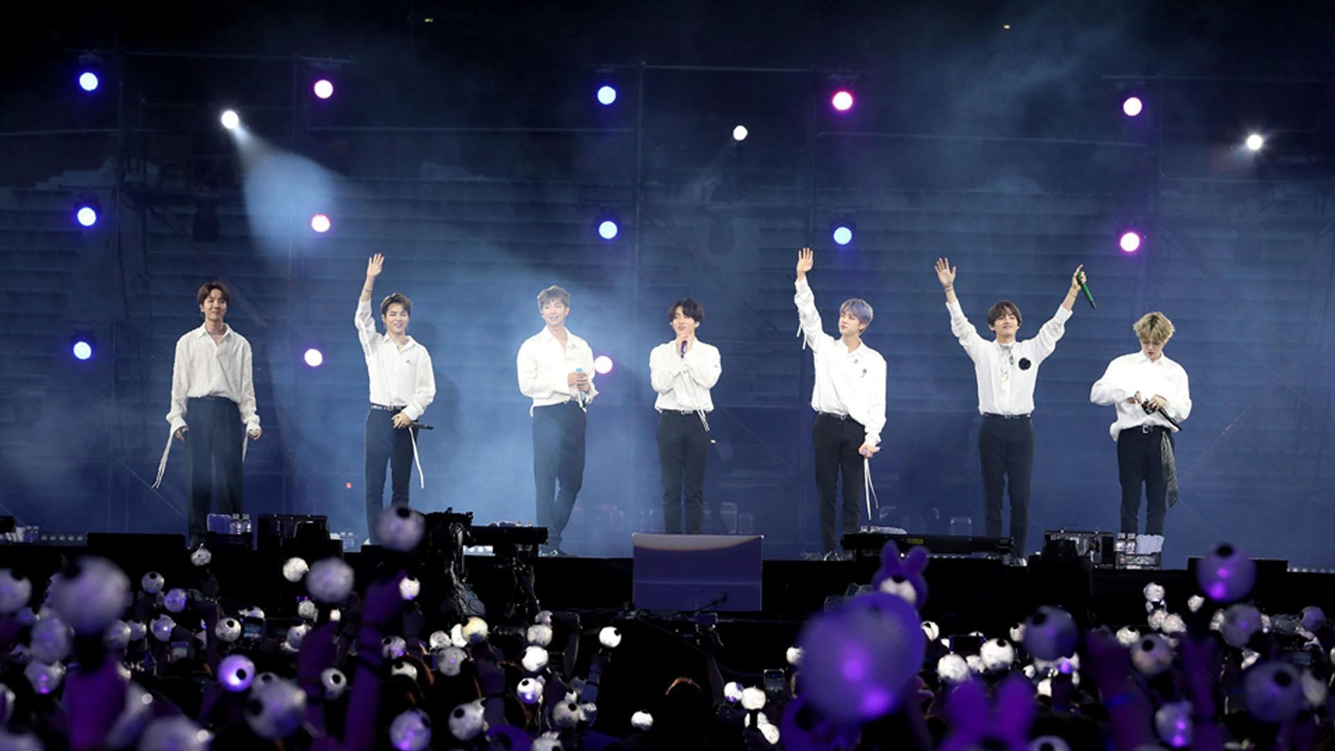 BTS LA 콘서트 전석 매진…공연장 밖 전광판 응원존 설치